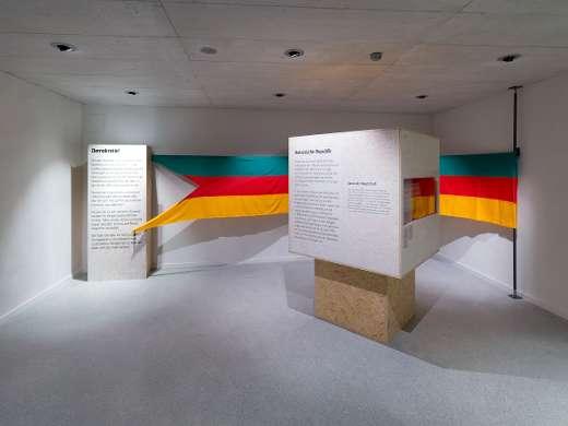 Wechselausstellung «Demokratie!», Foto: Peter Koehl