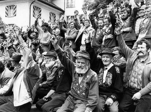 Abstimmung über das Frauenstimmrecht an der Korporationsgemeinde, Altdorf Mai 1987, Foto: Josef Ritler (RDB)