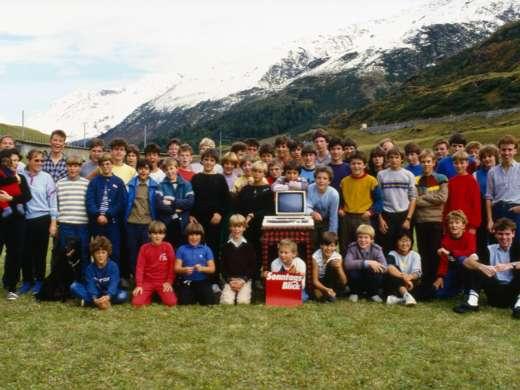 Computercamp für Schüler/-innen, organisiert von der Sonntagsblick-Redaktion, 1984. Foto: Hansruedi Walthard © StAAG/RBA13-RC04734-1_2